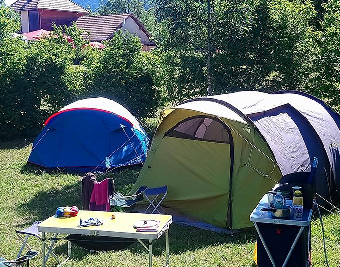 Emplacement Nature au camping Belle Roche : calme et verdure