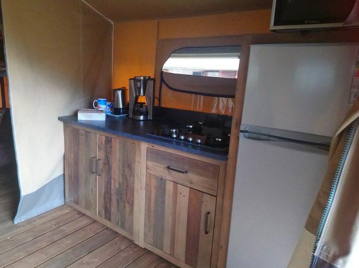 """La cuisine toute équipée (5 personnes) de la location """"Lodge Altitude"""""""
